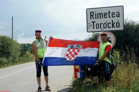 Biciklom iz Like do Rumunjske uz penjanje Transilvanijskih stijena – Ličani ostvarili uspjeh vrijedan divljenja
